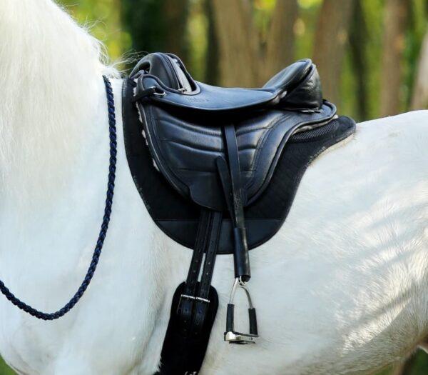 popular saddle